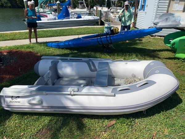 Photo Zodiac 270 Aero Inflatable - $800 (Fort Pierce)