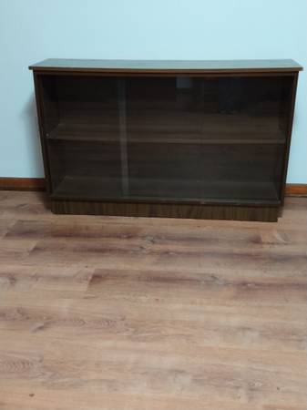 Photo 1960s Midcentury Modern Glass Front Bookcase Console Front - $175 (Kingsport)