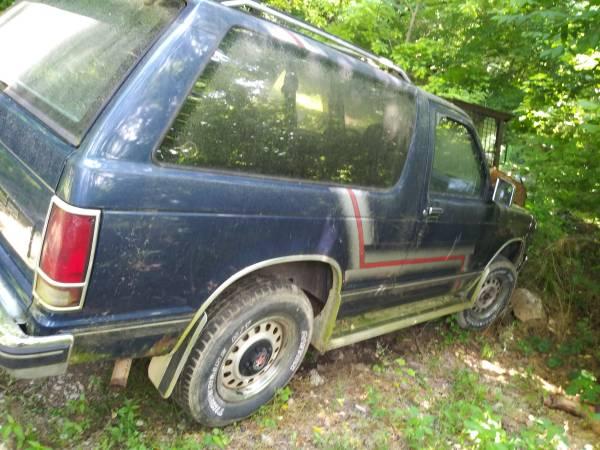 Photo 1989 CHEVY Blazer - $550 (Bristol)