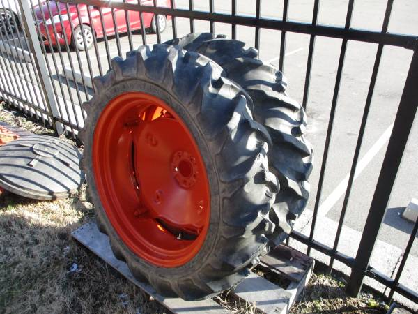 Photo 8.3 x24 wheels power king tractor - $250 (Mountain city TN)