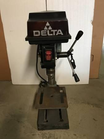 Photo Delta Benchtop Drill Press - $100 (Greeneville)