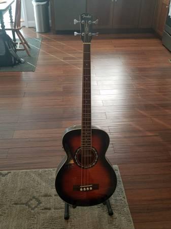 Photo Fender T-Bucket AE Bass - $300 (Bristol)