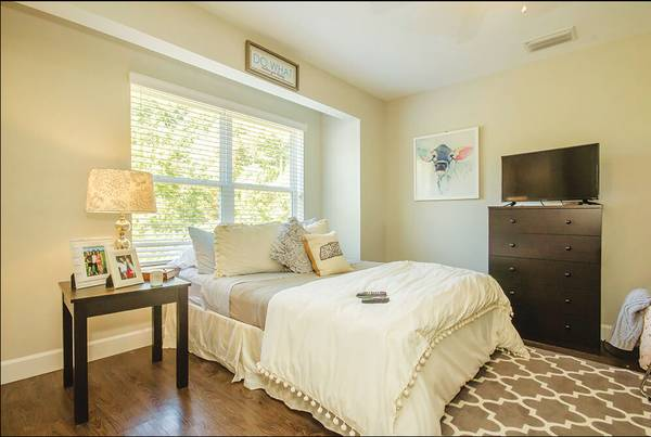 Photo ISO someone to take over lease Jan-July at Knoxridge Apartments (Knoxville, Tennessee)