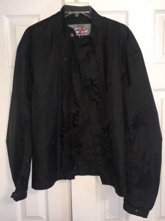 Photo Joe Rocket Waterproof Zip-In Jacket Liner Black Mens XL - $20 (Jonesborough)