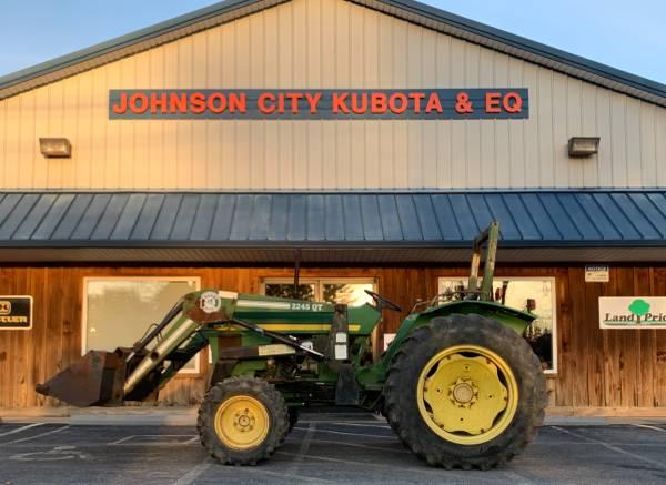 Photo John Deere 1050 Tractor - $9,900 (Johnson City)