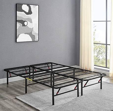 Photo King Size Black Metal Bed Frame - $75 (Johnson City, TN)