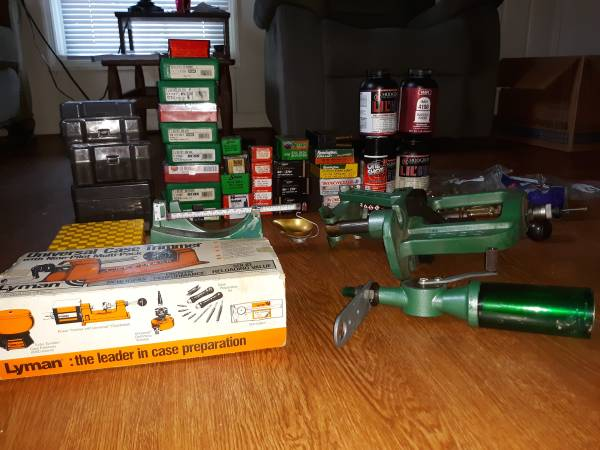 Photo Rcbs press, powder measure, case trimmer and components. Need gone - $225 (Abingdon va)