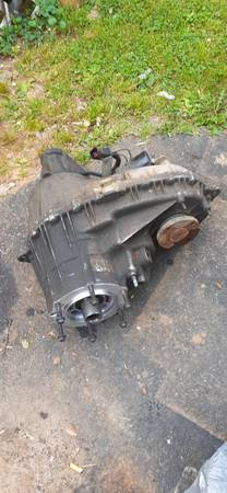 Photo Transfer case for ford f150 - $300 (Erwin)