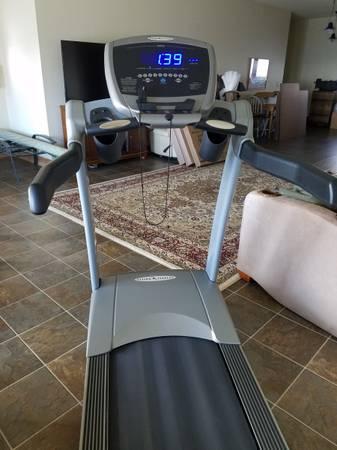Photo Treadmill - Vision Fitness T9200 - $499 (Bakersville NC)