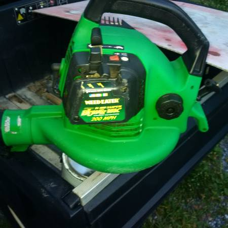 Photo Weed Eater BlowerVac - 200 MPH - Gas - $30 (Greeneville)