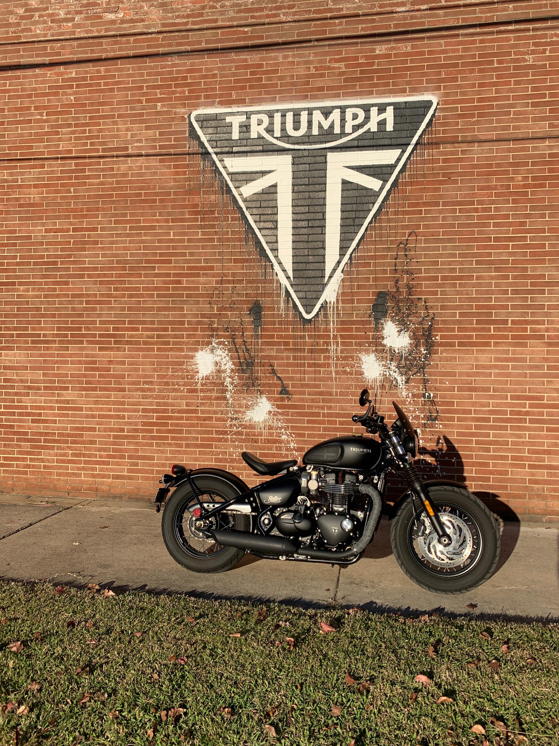 Photo 2018 Triumph Bonneville Bobber Black $9999