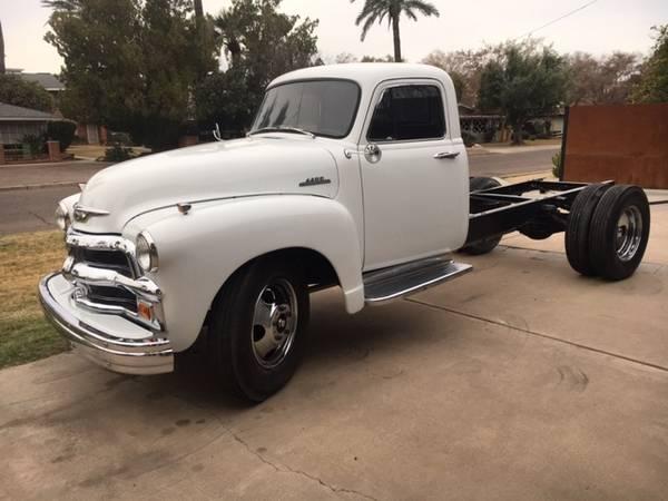Photo 1954 Chevy 4400 1.5Ton Truck - $17000 (Phoenix)