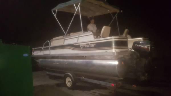 Photo 1996 20-foot Fisher Pontoon boat - $9,000 (Phoenix)