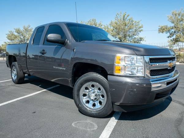 Photo 2011 Chevrolet Silverado 1500 Extended Cab - Financing Available - $10995