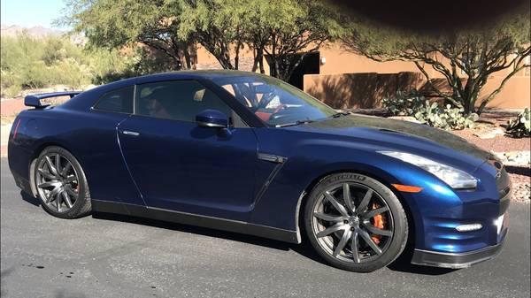 Photo 2014 Nissan GTR - $64500 (Tucson)