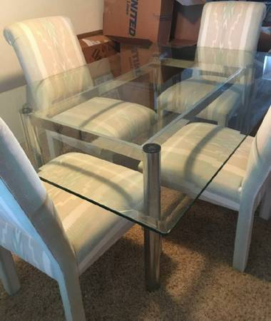 Photo 4 ft x 6 ft x 12 inch glass dining tablev - $450 (Tucson)