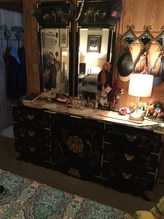 Photo Asian dresser, 2 connecting mirrors, 2 nightstands - $595 (N Tucson)