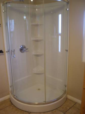 Photo Bathroom Shower, corner with door - $200 (GREEN VALLEY)