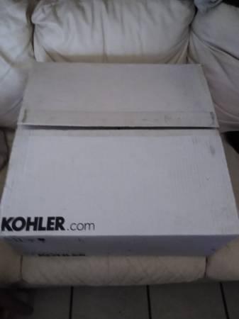 Photo Brand new Kohler K-2202-8-0 Brookline 19quot White Bathroom Sink - $40 (grant and I-10)