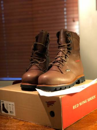 Photo Brand new red wing boots - $140 (Red Rock)