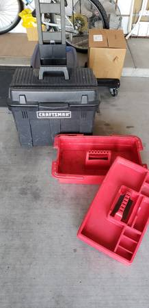 Photo CRAFTSMAN ROLLING PORTABLE TOOLBOX - $45 (East Tucson - Camino seco)