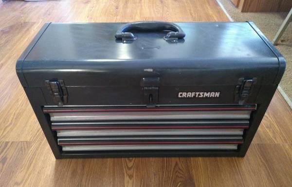 Photo Craftsman 3-drawer tool box (Tucson)