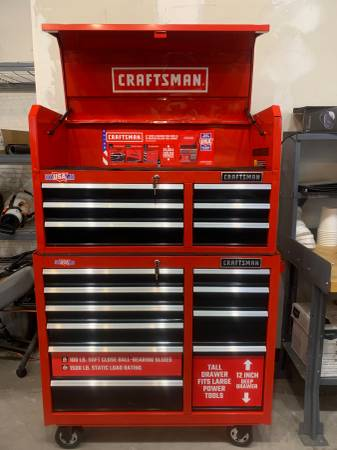 Photo Craftsman 41quot x 18quot Red  Black 16-Drawer Rolling Tool Chest  Cabine - $500 (BroadwayCbell)