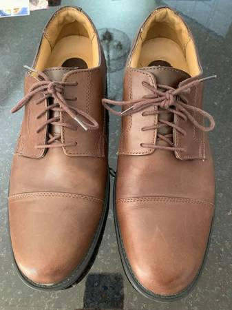 Photo Croft  Barrow Size 11 M Dress Shoes - $10 (along Oracle road from Oro Valley to S Tucson)