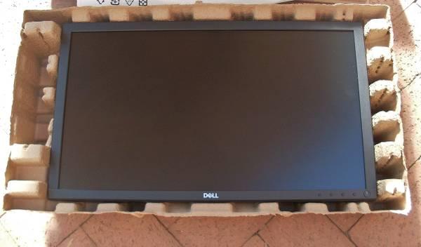 Photo Dell 22 Inch Computer Monitor - E2221HN - HDMI  VGA Ports - $100 (New In Box - Never Used)