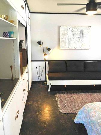 Photo Detached Guest House Casita for Temporary Rent (Garden District)