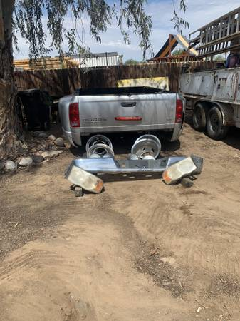 Photo Dodge Dually Bed 2003 to 2009 - $500 (Tucson)