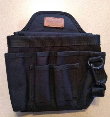 Photo Duluth Trading Tool pouch (Tucson)