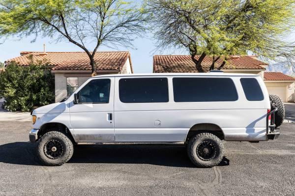 Photo Ford 4x4 Van E350 Cer V8 - $39500 (Tucson)
