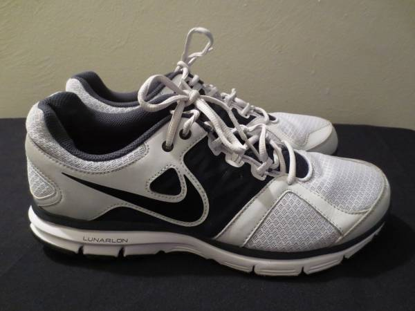 Photo Men39s Nike Lunar Forever 2 Shoes - $60 (Tucson)