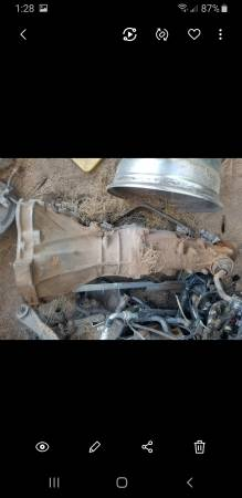 Photo Nissan truck (hardbody) transmission 4 and 6 cyl - $275 (Tucson)