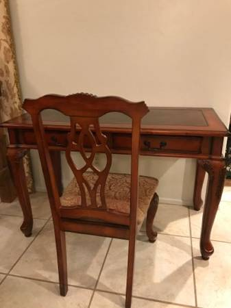 Photo Old World Leather Top Desk - $350 (InaSilverbell)