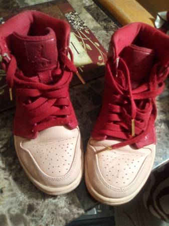 Photo Red Nike Retro Air Jordans - $25 (Tucson)