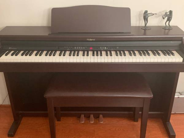Photo Roland Digital Piano For Sale - $1,300 (Starr Pass)
