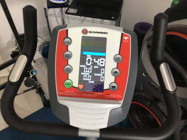 Photo Schwinn 140 Stationary Exercise Bike - $130 (Tucson, AZ)