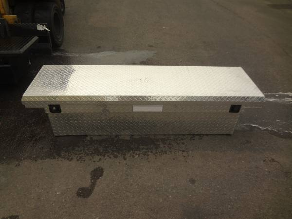Photo Silver aluminum tool box - $250 (Tucson)