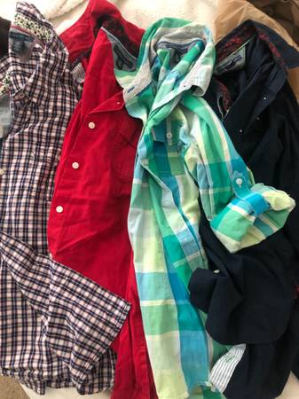 Photo Tommy Hilfiger womens tops - $15 (Red Rock)