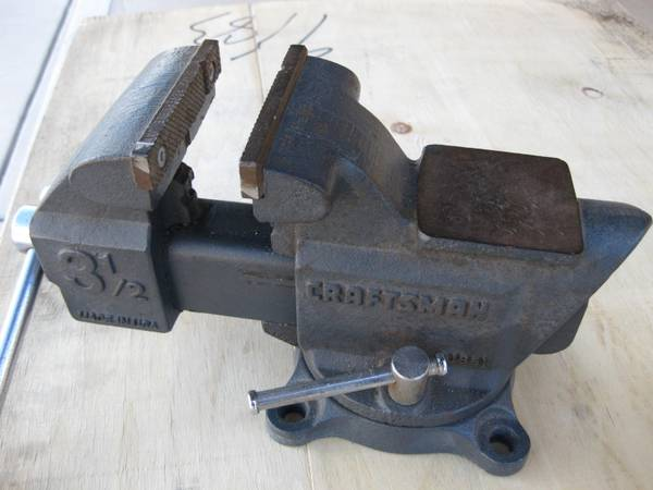 Photo Vintage Craftesman Bench Vise  USA Made - $65 (near Lakeside Park Tucson)