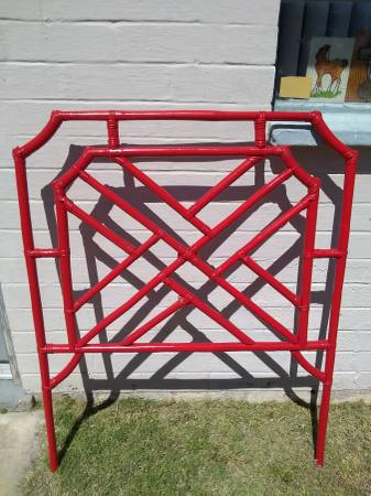 Photo Vintage MCM Rattan Bamboo Wicker cane Hollywood Regency headboard - $60 (Tucson)