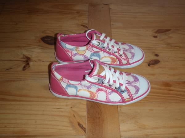 Photo Women39s Coach Barrett Sneakers - White  Pink Multi Color - Size 8 - $30 (Northeast)