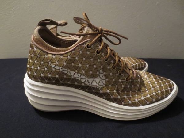 Photo Women39s Nike Lunar Elite London Shoes - $60 (Tucson)