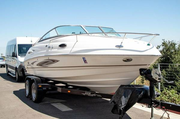 Photo 2006 Chaparral 215 SSi  Great Sport  boat - $10,000