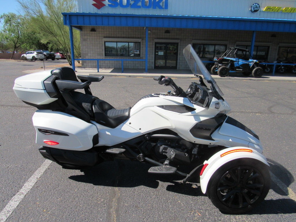 Photo Used 2018 Can-Am Trike Motorcycle  $24999