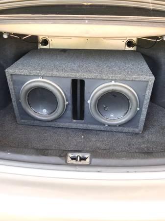 Photo 10 JL audio subs and 2 s - $300 (Glenpool)