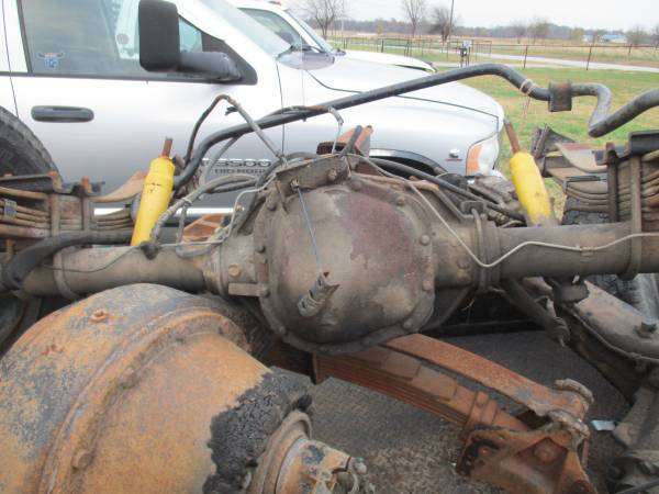Photo 1996 Ford dually rearend - $500 (OologahCollinsville)
