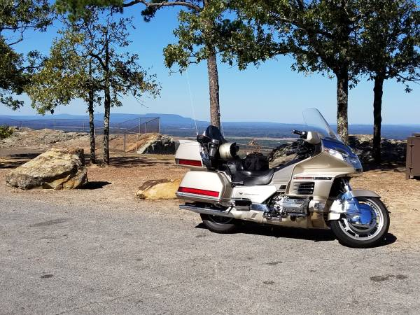 Photo 1998 honda goldwing aspencade 1500 - $5500
